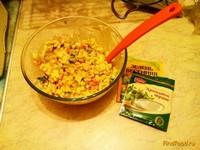 Рецепт Хрустящий салат с колбасным сыром рецепт с фото