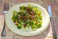 Рецепт Нежнейший салат с брюссельской капустой и изюмом рецепт с фото