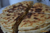 Рецепт Балкарские лепешки с картофельно творожной начинкой рецепт с фото