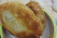 Рецепт Пирожки из дрожжевого теста с творогом и зеленью рецепт с фото
