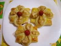 Рецепт Слоеные цветочки с грушей рецепт с фото