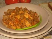 Рецепт Гречка с куриным филе и овощами в томатном соусе рецепт с фото