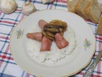 Рецепт Каша рисовая с колбасой и шампиньонами рецепт с фото