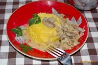 Рецепт Кукурузная каша со сливочно-грибной подливой рецепт с фото
