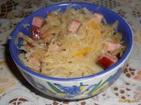 Рецепт Квашенная капуста с баварскими колбасками рецепт с фото