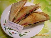 Рецепт Сэндвичи с сосисками и солеными огурцами рецепт с фото