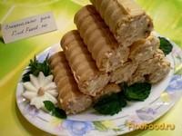 Рецепт Вафельные трубочки с рыбным салатом рецепт с фото