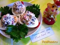 Рецепт Яйца фаршированные ламинарией и красной икрой рецепт с фото