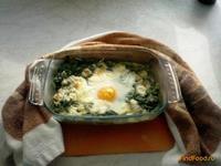 Рецепт Запеченное яйцо со шпинатом рецепт с фото