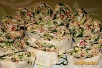 Рецепт Рулет из лаваша с горбушей и крабовыми палочками рецепт с фото