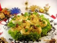Рецепт Яйца фаршированные грибами и луком рецепт с фото