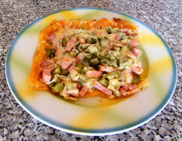Рецепт Пицца из слоеного теста на скорую руку рецепт с фото