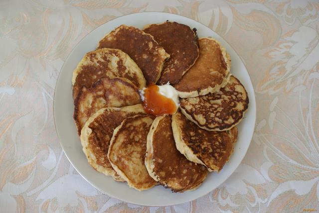 Рецепт Оладьи из овсянки с абрикосовым вареньем рецепт с фото