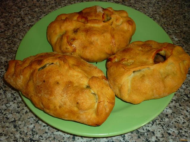 Рецепт Пироги с яблоками и земляникой рецепт с фото