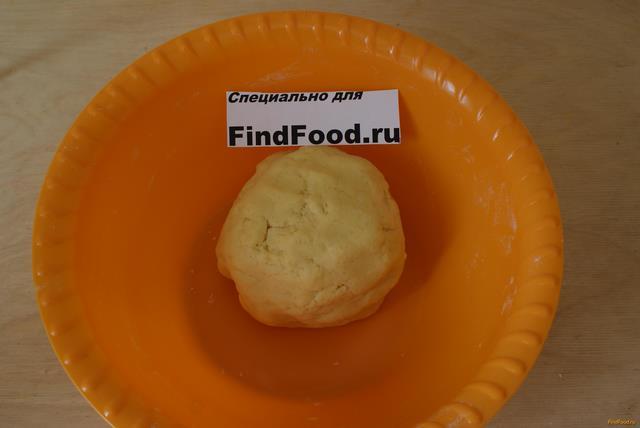 Ягодный пирог со сметанной заливкой рецепт с фото 2-го шага