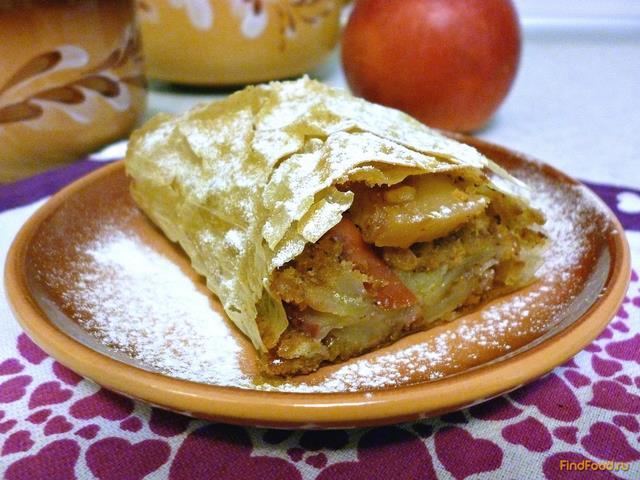 Рецепт Яблочный штрудель из вытяжного теста фило рецепт с фото
