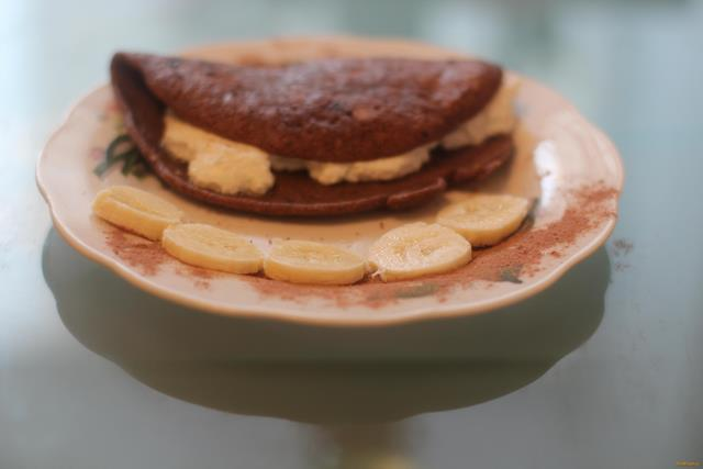 Шоколадный овсяноблин с творогом рецепт