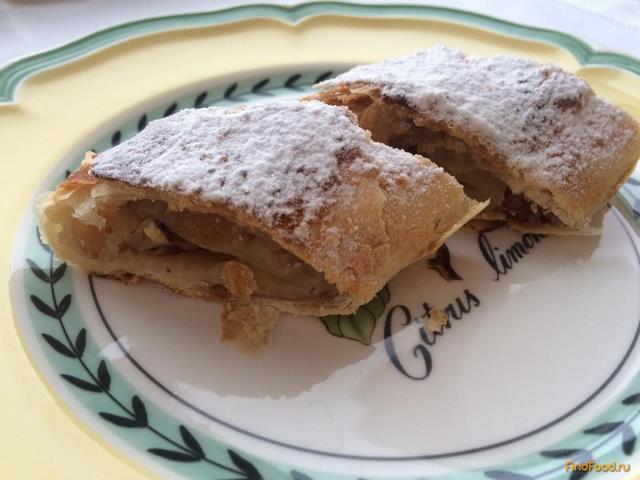 Рецепт салата с изюмом и грецким орехом
