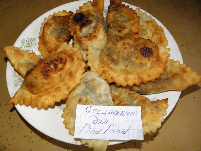 Рецепт Чебуреки с курицей и грибами рецепт с фото
