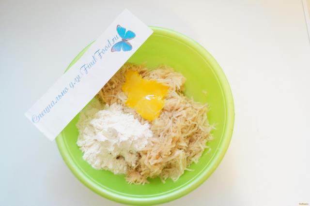 Картофельные драники с шампиньонами рецепт с фото 5-го шага