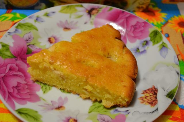 Рецепт яблочного пирога в духовке со сметаной обычный
