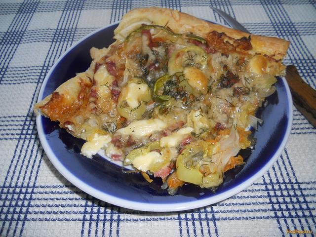 Рецепт Открытый пирог с колбасой и овощами рецепт с фото