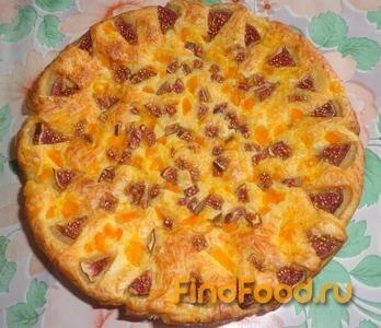 Рецепт Пирог с сосиской и инжиром рецепт с фото