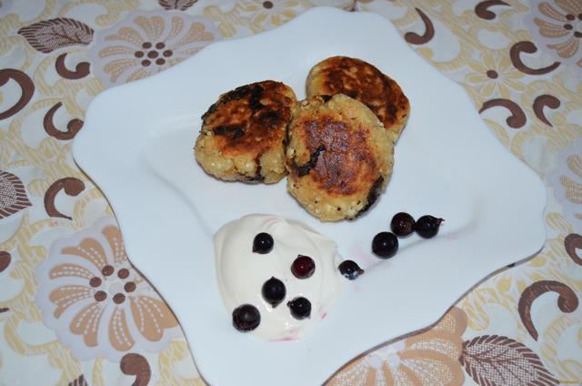 Рецепт Сырники с черносливом рецепт с фото