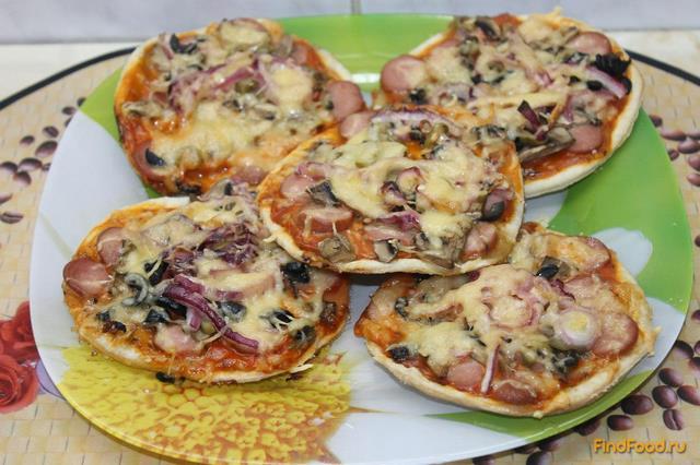 Рецепт Мини пицца из слоеного теста рецепт с фото