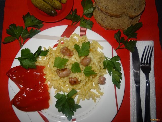 Рецепт Макароны с колбасой домашней и сыром рецепт с фото