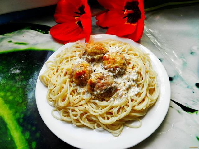 Рецепт Мясные шарики в сливочно-сырном соусе рецепт с фото