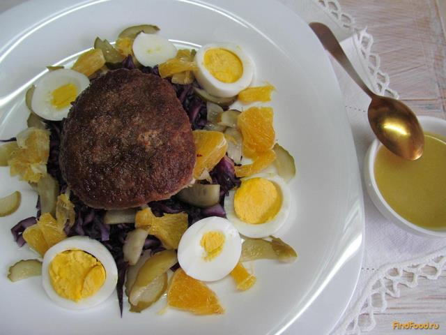 Рецепт Домашний гамбургер с салатом рецепт с фото