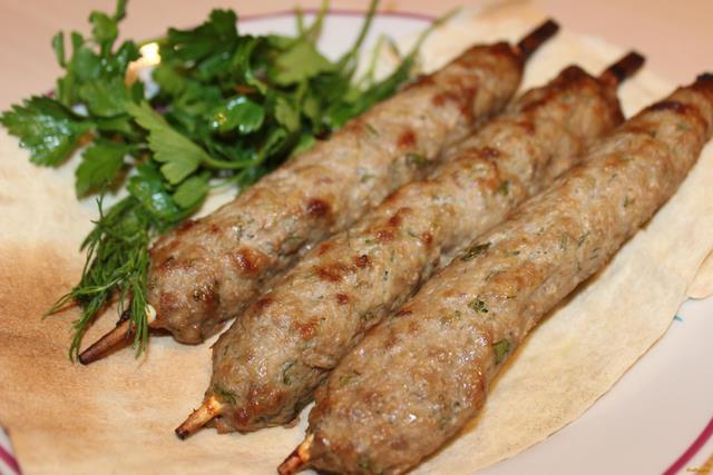 Рецепт Люля-кебаб в духовке на шпажках рецепт с фото