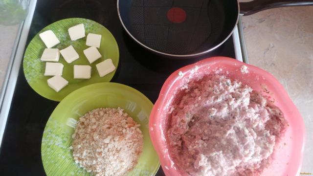 котлеты в духовке рецепт с маслом внутри