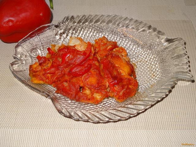 Рецепт Жареная рыба с болгарским перцем в томате рецепт с фото