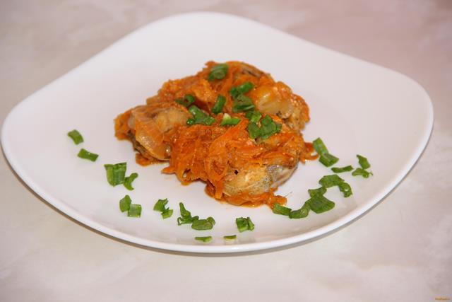 Рецепт Минтай тушеный с овощами рецепт с фото