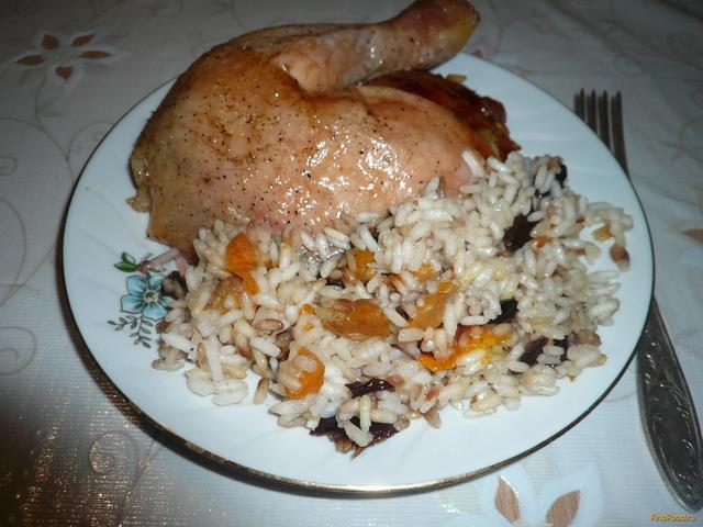 Рецепт Курица фаршированная рисом с сухофруктами рецепт с фото