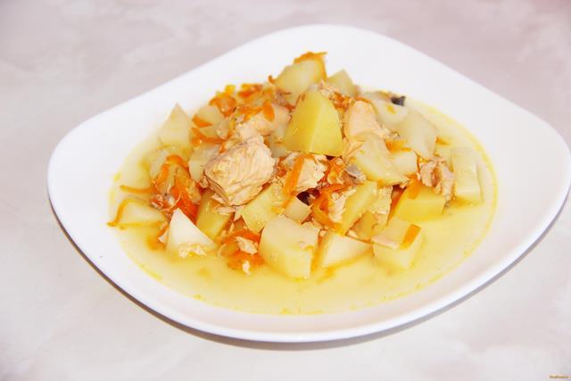 Картофель с консервированной горбушей рецепт с фото 8-го шага