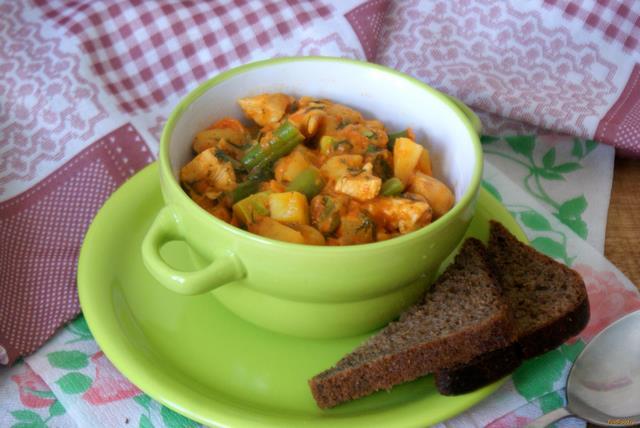Рецепт Курица тушеная с овощами рецепт с фото