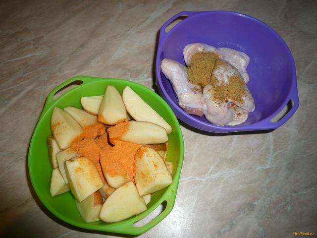 Запеченные куриные крылья с картошкой рецепт с фото 3-го шага