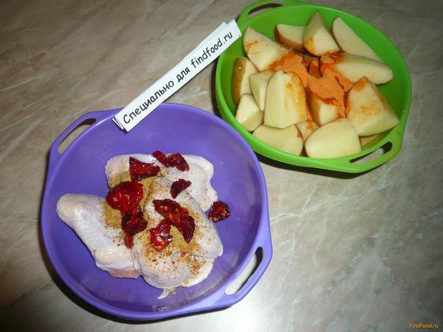 Запеченные куриные крылья с картошкой рецепт с фото 4-го шага