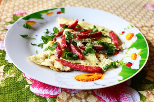 Оливье с копченой колбасой рецепт с фото