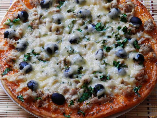Рецепт Пицца с мясом и зеленью рецепт с фото