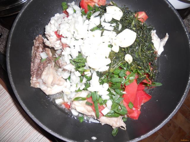 рис с помидорами и томатной пастой