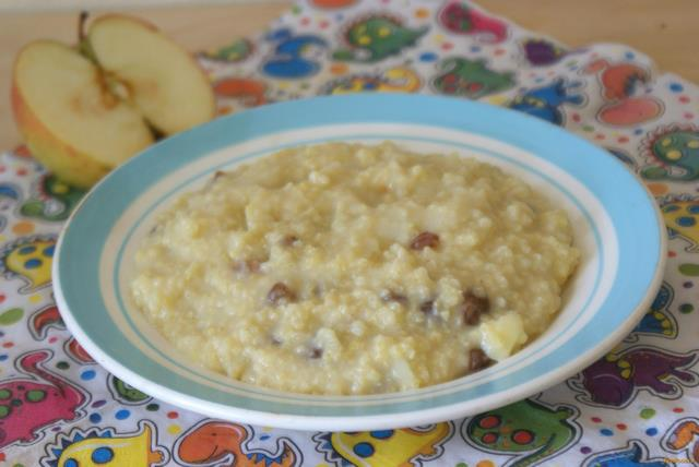 Рецепт Пшенная каша с яблоком и изюмом рецепт с фото
