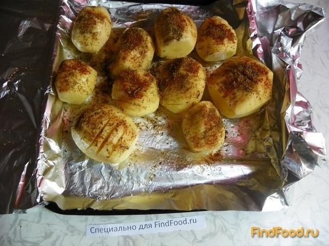 Картофель запеченный с яблоками и пряными травами рецепт с фото 3-го шага