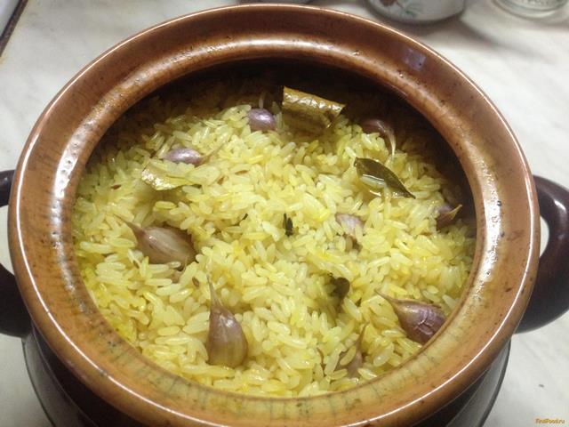 Горшочки с рисом и курицей рецепт