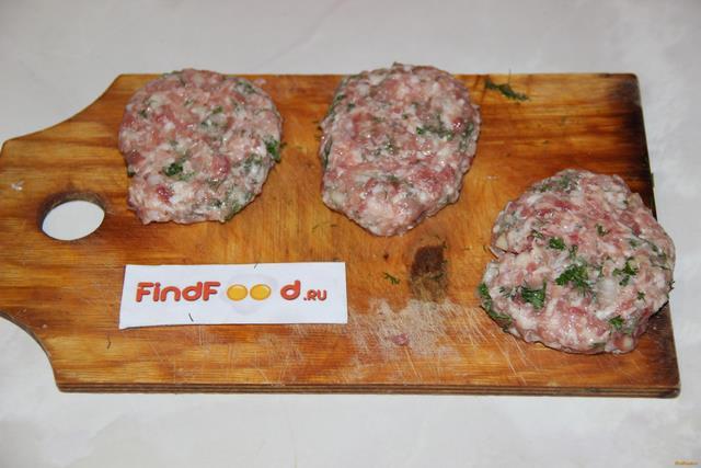Рубленый бифштекс по - гольштейнски рецепт с фото 7-го шага