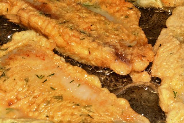 Жарим рыбу на сковороде рецепт с фото 59