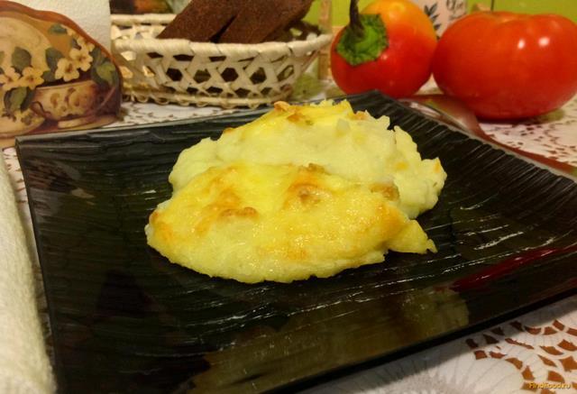 Рецепт Картофельное пюре под сыром с чесноком рецепт с фото